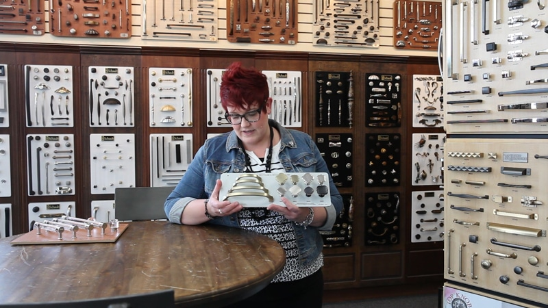Favorites, Trends, Top Picks. Watch the video as Dawn, at our Brookfield Location, shares some of her current favorite cabinet pulls.